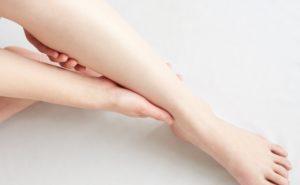 むくみ腰痛の原因